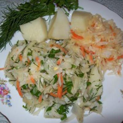 salat-iz-kvashenoj-kapusty
